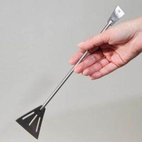 Double spatule JBL ProScape Tool SP Straight pour aménager les sols.