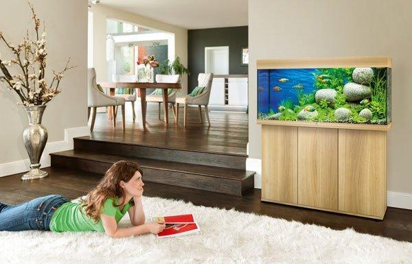 Juwel Rio 180 bois clair avec meuble aquarium 180l en situation